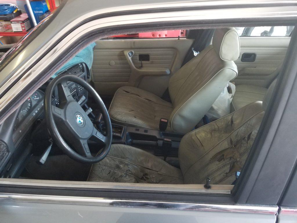 Bad E30 interior